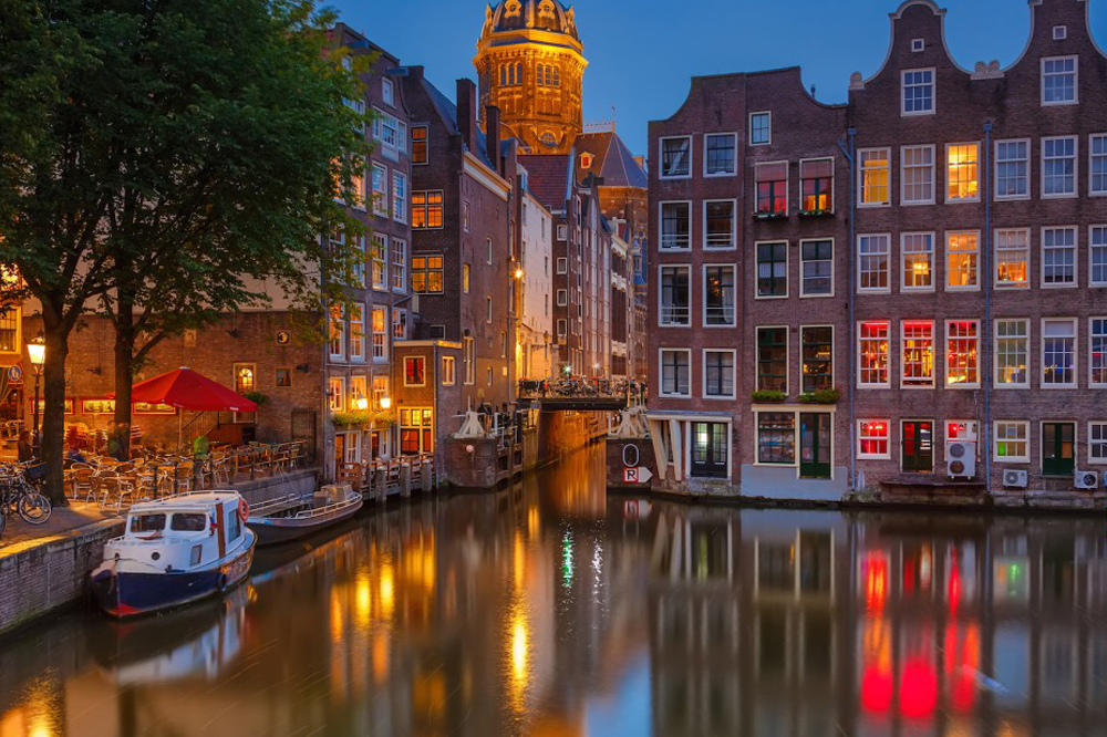 Amsterdam to Venic1